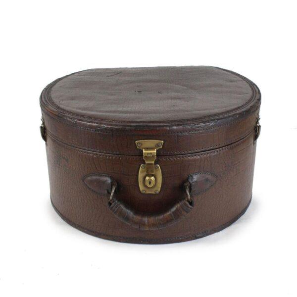 viriathus-maleta-sombrero-vintage
